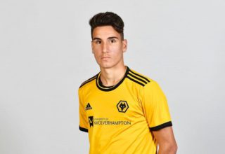 Theo Corbeanu wolves